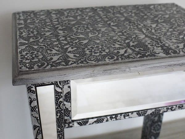 Blackened Silver Embossed Patterned Metal Mirrored Side Table / Seat